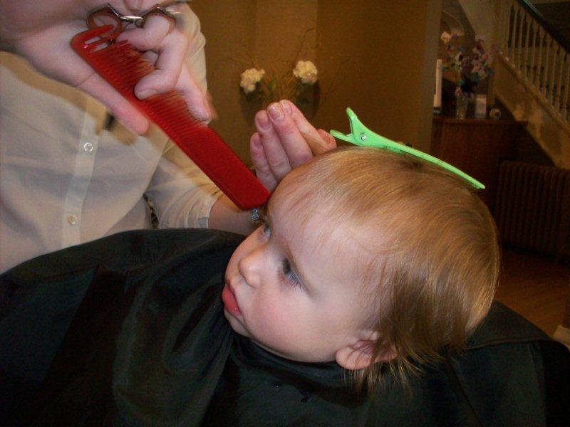 Babys First Haircut Salon Sara Lina